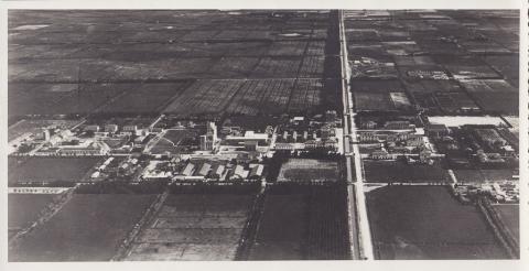 Vista aerea del paese anni 30 - Archivio di Stato di Oristano prot. 732 del 21-07-2016
